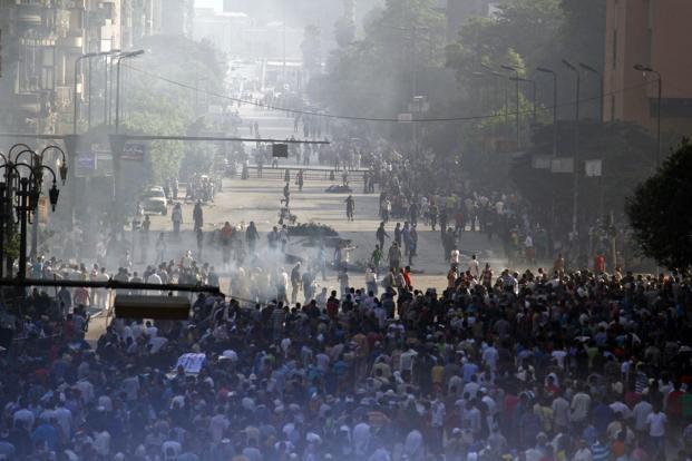 Supporters of the Muslim Brotherhood and Egypt's ousted president Mohamed Morsi gather in Cairo's Abbassiya neighbourhood on 16 August 2013. Photo: AFP