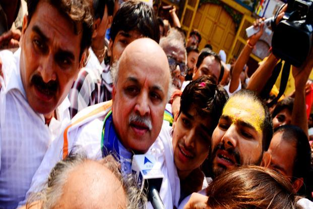 VHP leader Praveen Togadia said MPs of all the political parties have been urged to frame a law for the construction of Ram temple. Photo: Ramesh Pathania/Mint