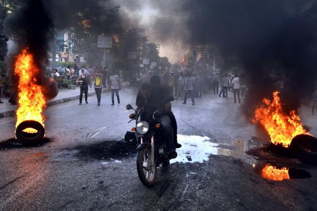 Supporters of the Muslim Brotherhood and Egypt's ousted president Mohamed Morsi clash with security forces, in Cairo, on 30 August 2013. Photo: AFP