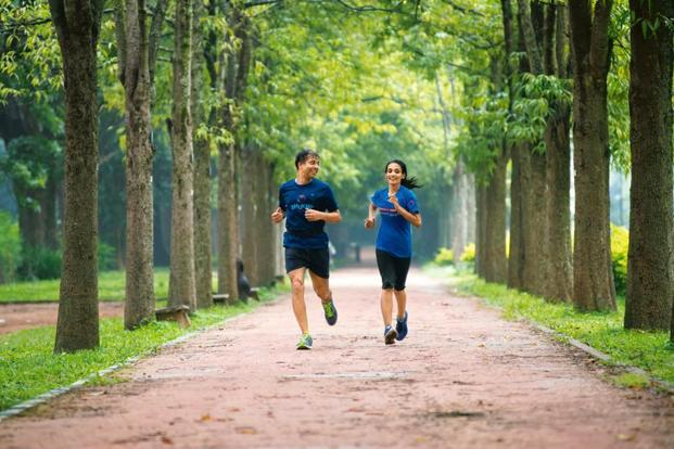 Hemanth and Roshini Bakshi - Running and CEO