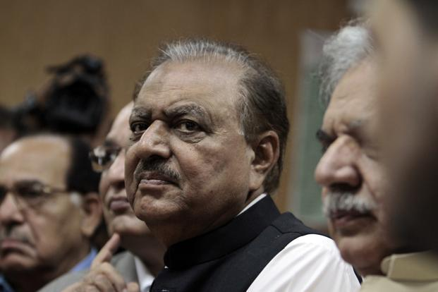Mamnoon Hussain's (centre) low-key persona and lack of personal power will put him in stark contrast to Zardari. Photo: Faisal Mahmood/Reuters (Faisal Mahmood/Reuters)