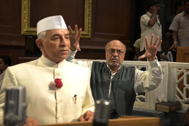 Shyam Benegal (right), director of Samvidhan, a TV series, directing Dalip Tahil as Jawaharlal Nehru, on the sets in FilmCity. Photo: Abhijit Bhatlekar/Mint