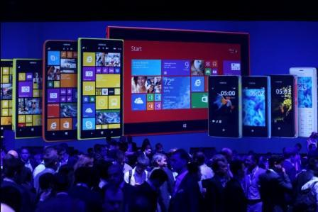 Nokia in race to capture big screen phone market