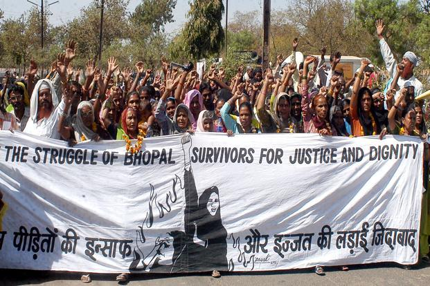 A file photo of Bhopal gas victims protesting near Union Carbide factory in Bhopal. Photo: HT