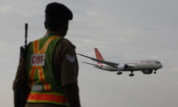 Between September 2012 and 27 November 2013, 136 minor technical snags have occurred on the aircraft and have been fixed by Boeing/Air India technical teams with alacrity, civil aviation minister Ajit Singh said. Photo: Hindustan Times