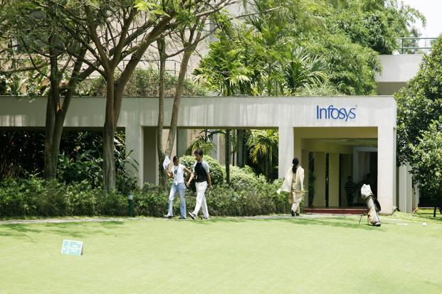 For the financial year ending March 2015, Infosys forecast revenue growth of 7-9%. Analysts on an average had been expecting a guidance of around 6-8%. Photo: Bloomberg