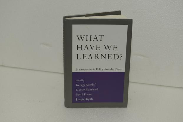Book Review | Re-building macroeconomics after the crisis