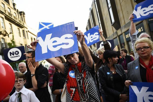 Scots have had ample time to think through the consequences of their vote; and the voters have the right to say no to separation in unambiguous terms. Photo: Dylan Martinez/ Reuters