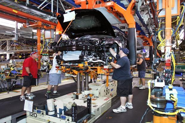 Gm recalls cadillacs impalas as chrysler to fix jeeps for General motors assembly plant