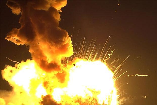 NASA's Antares rocket blows up on launch - Slideshow ...