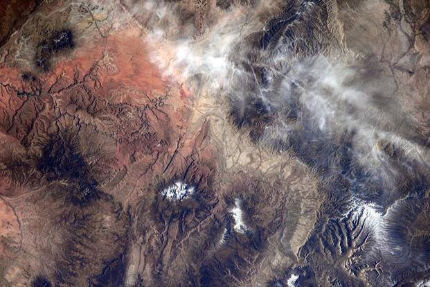 This Nasa image obtained on 8 November shows an image taken by Nasa astronaut Reid Wiseman of Yellowstone via his twitter account. Photo: AFP
