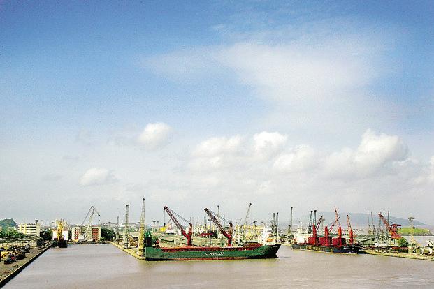 Mini Cape coal vessel calls at Kolkata Port's Sagar for the first time