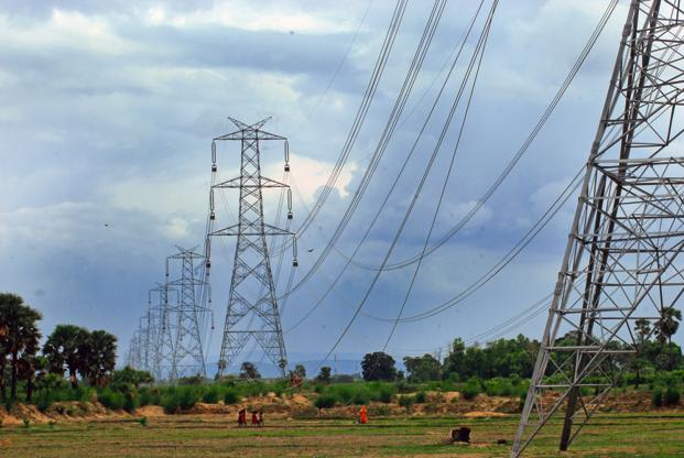 Around 60% of the investment for setting up transmission infrastructure goes towards equipment with the market size estimated to be around <span class='WebRupee'>Rs.</span>14,000 crore. Photo: Indranil Bhoumik/Mint
