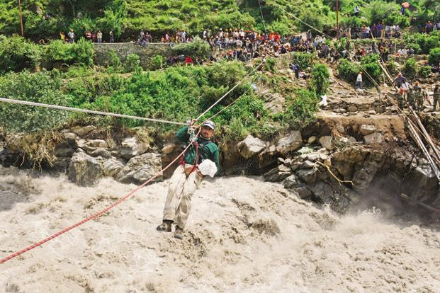 Army and ITBP forces during a rescue operation at Gobindghat, Uttarakhand, on 21 June 2013. Photo: Mint