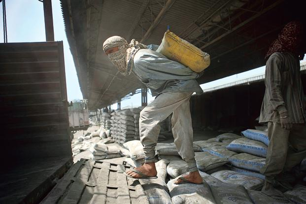 Ultratech Cement Vehicles : Small cement companies eye holcim lafarge assets in