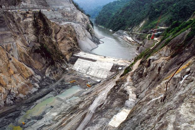 India has a power-generation capacity of 267,637 megawatts (MW), of which 15.42% or 41,267.4MW comes from hydropower. Photo: Mint