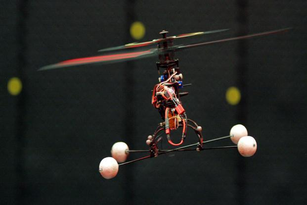 pizza delivery by drone in mumbai with Making Drones Fly on Amazon Drones To Deliver Merchandise together with Mumbai Police Seeks Explanation On Drone Pizza Delivery besides Francesco Pizza Drone as well Making Drones Fly together with Drone Delivered Pizza In Mumbai Sparks Excitement Angers Authorities.