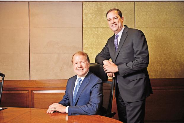 How you handle setbacks is what determines great firms: John Chambers