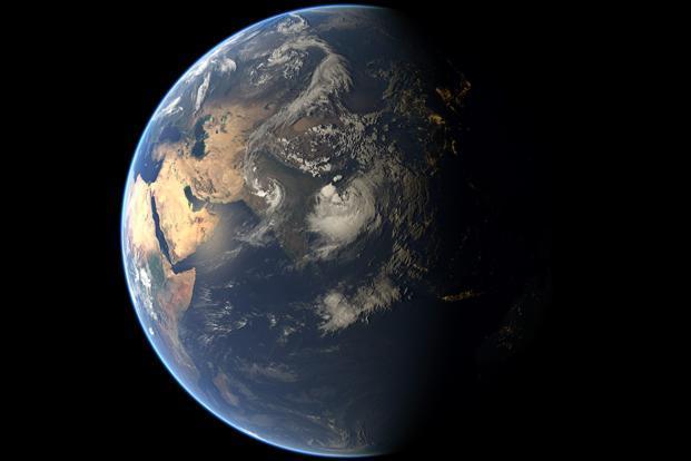 Cyclone Komen To Cross Bangladesh Today Heavy Rainfall Warnings - Today satellite image of world