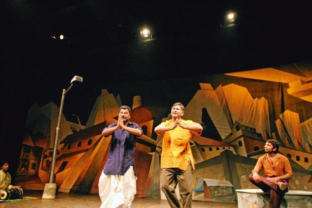 A Scene From The Play Cotton 56 Polyester 84 Photo Kartikey Shiva