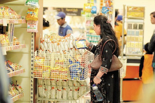 A large chunk of consumers still prefers to touch and feel a product before buying. Photo: Indranil Bhoumik/Mint
