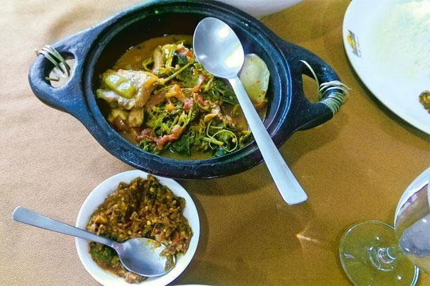 Why nagaland is clean food central livemint fish stew with spicy pickle in dimapur photographs by meher mirza forumfinder Choice Image