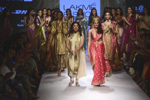 Ritu Kumar showed her collection called 'Varanasi Weaves' on the handloom and textile day of Lakme Fashion Week's (LFW) Winter/Festive 2015.