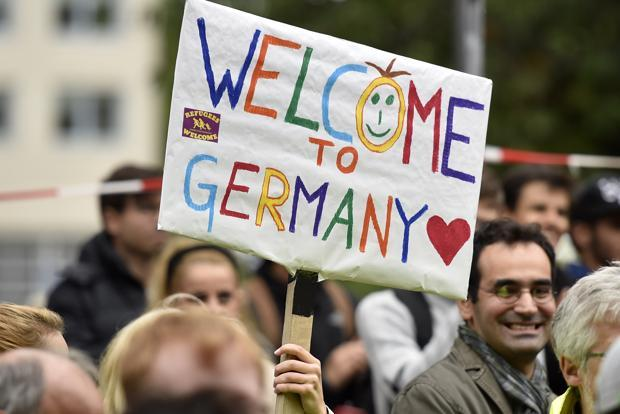 Why Syrian refugees are crossing over to Europe