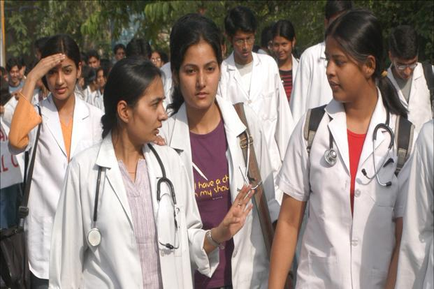 India has only 938,861 registered allopathic doctors. Photo: HT