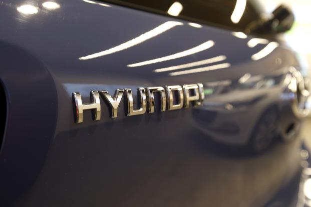 Hyundai Motor Scion Buys 418 Million Stake In Auto Maker