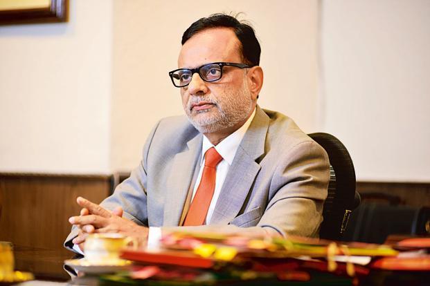કાપડ વેપારીઓની જીએસટીની સમસ્યા અંગે સુરત ભાજપના પ્રતિનિધિમંડળે દિલ્હીમાં રેવેન્યુ સેક્રેટરી સાથે મુલાકાત કરી