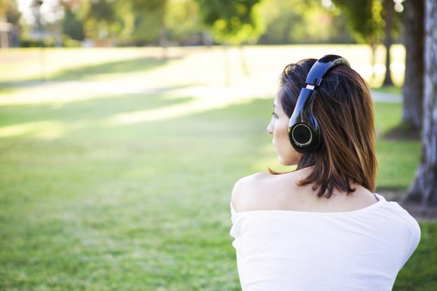 Analysis showed that anxiety was higher in participants who tended to listen to sad or aggressive music to express negative feelings. Photo: iStock