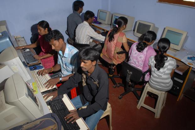 File photo. BharatNet project has evolved from the earlier National Optical Fibre Network (NOFN) project of providing 100 Mbps to all gram panchayats (GPs). Photo: Hemant Mishra/Mint