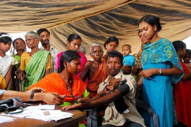 how to get doctors to work in rural areas