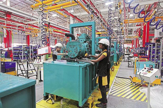 Tax breaks for hi-tech firms at  SEZs maybe sought by Commerce ministry - Livemint
