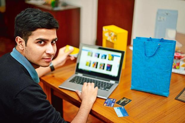 Shoppers aged between 25-34 and 35-44 years are far more active Internet shoppers. Photo: Pradeep Gaur/Mint