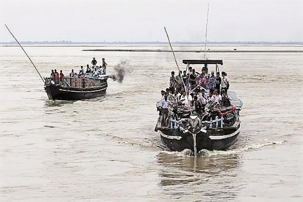 Transportation by waterways costs 25 paisa per km and <span class='WebRupee'>Rs.</span>1.50 and <span class='WebRupee'>Rs.</span>2.50, respectively, by railways and road, according to the shipping ministry. Photo: Reuters