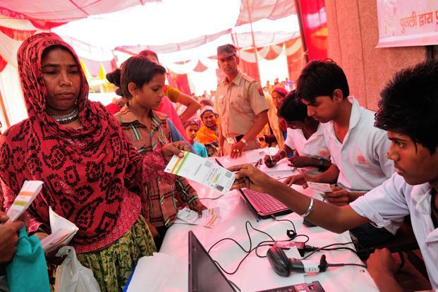 The government is hopeful that making the Aadhaar number mandatory will help plug leakages and bring down its subsidy bill. Photo: Priyanka Parashar/Mint