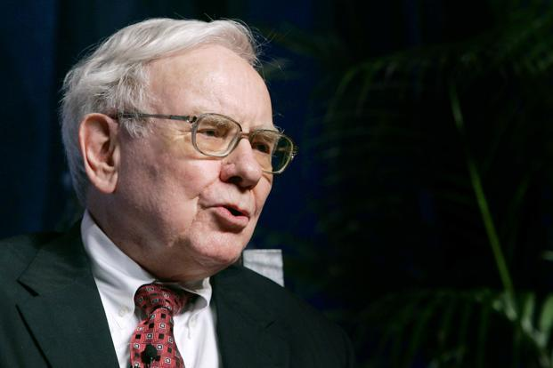 How the average Indian mutual fund manager compares with Warren Buffet