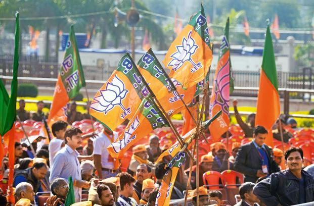 karnataka-elections-bjp-congress-pm-modi-rahul-gan