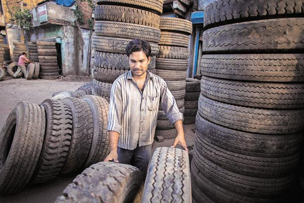 Profits of domestic tyre makers have been sheltered well by the falling rubber prices. Photo: Bloomberg