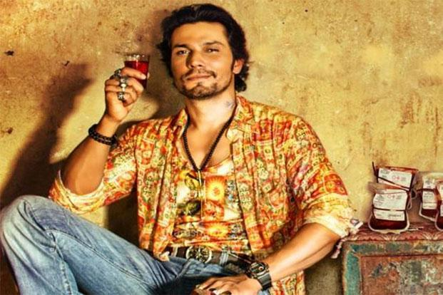 Randeep Hooda is in his element, relishing his role as the bad-ass with a soft side  (Randeep Hooda is in his element, relishing his role as the bad-ass with a soft side)
