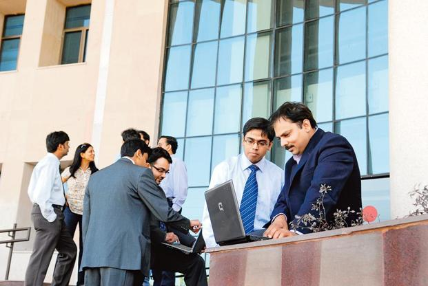 Such career opportunities allow states to get quality talent that has already worked in a corporate set-up and is ready to bring best practices to embellish policy, say analysts. Photo: Mint