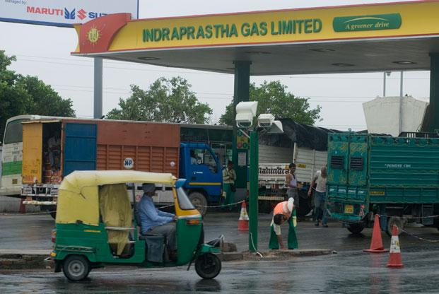 Compressed natural gas, or CNG, volume at Indraprastha Gas increased 8% from a year earlier and piped natural gas, PNG, volume grew 9%. Photo: Mint