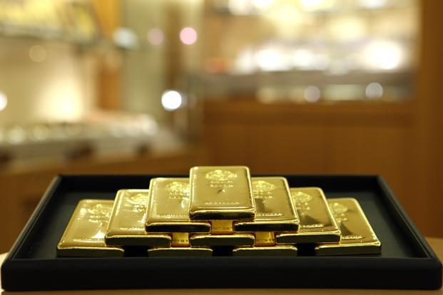 Gold holdings surge 25% in 2016 - Livemint