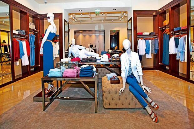 The concept of the Indian store is based on a progressive evolution of the original boutique style.