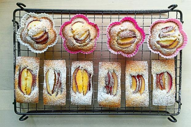 Top each cake with peach slices and icing sugar. Photo: Pamela Timms