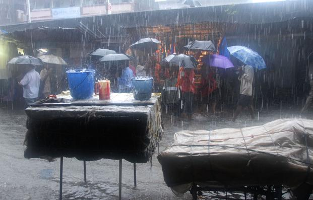 The southwest monsoon that hit Kerala on Wednesday advanced into remaining parts of the state. Photo: Bloomberg