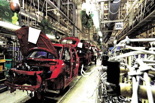 Industrial production fell 0.8% in April, while manufacturing contracted by 3.1% compared to the previous year. Photo: Ramesh Pathania/Mint