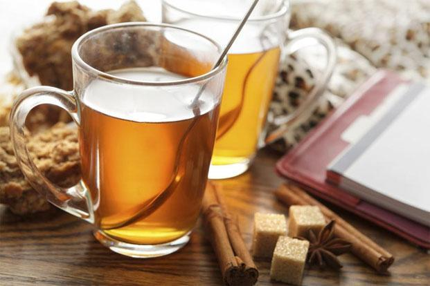 During a detox, curb your craving for carbohydrates with a cup of cinnamon tea. Photo: iStockphoto